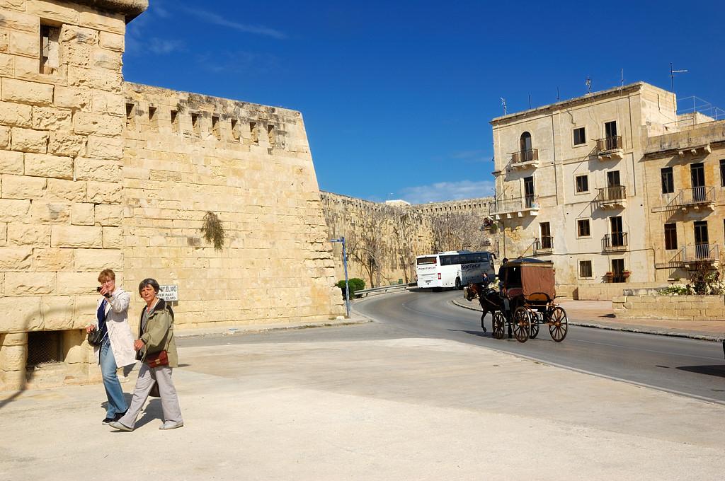 У форта Святого Эльма