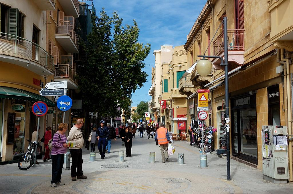 Пешеходная улица Ледрас