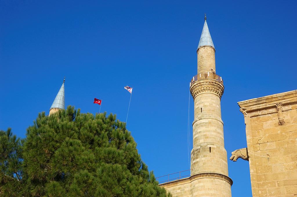 Центральная мечеть Никосии, бывший собор Айя-София