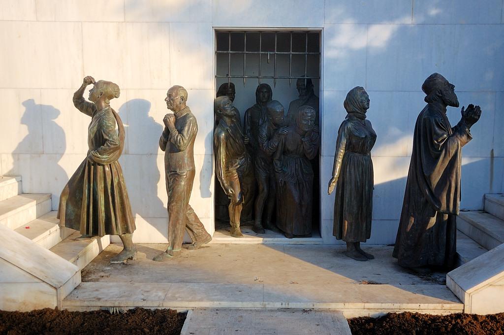 Памятник борцам за независимость Кипра от Британии