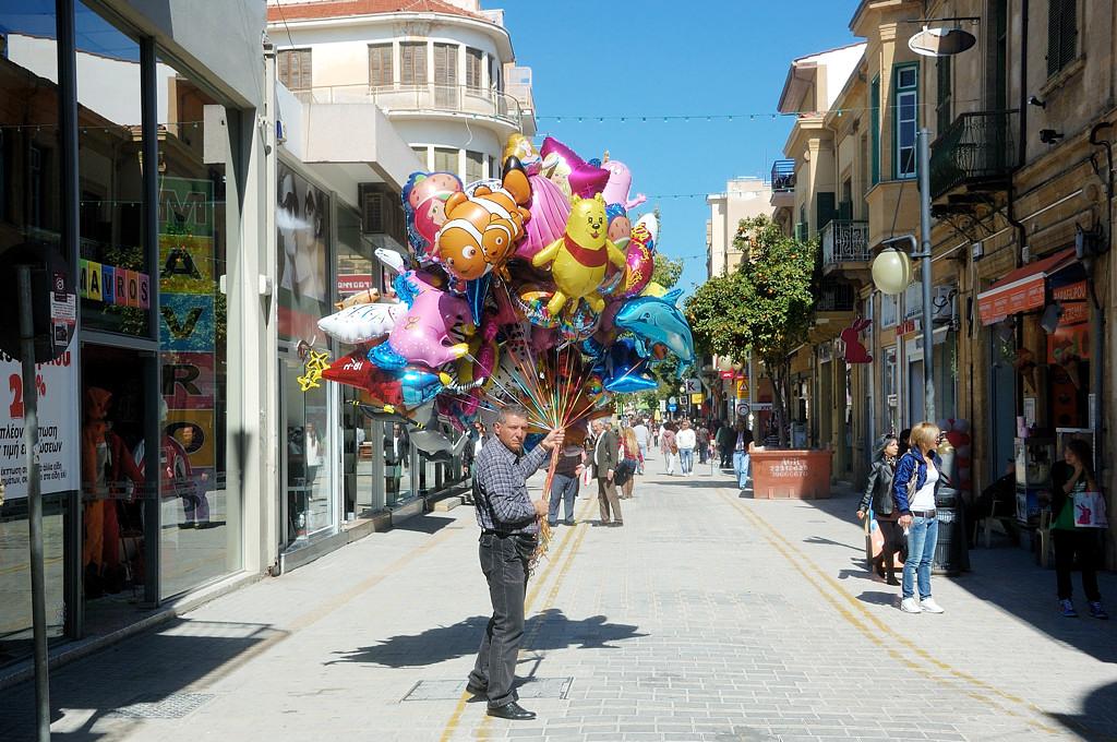 На улице Ледрас по дороге к турецкому КПП