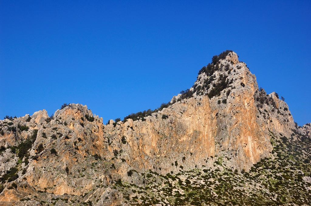 Горные вершины Киренийского хребта