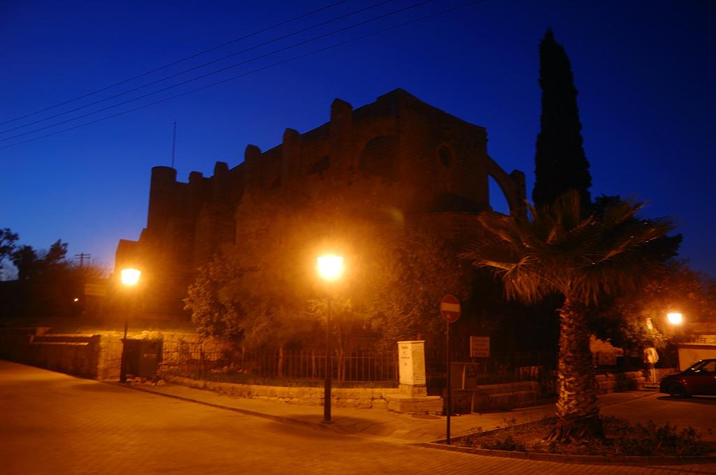 Фамагуста ночью