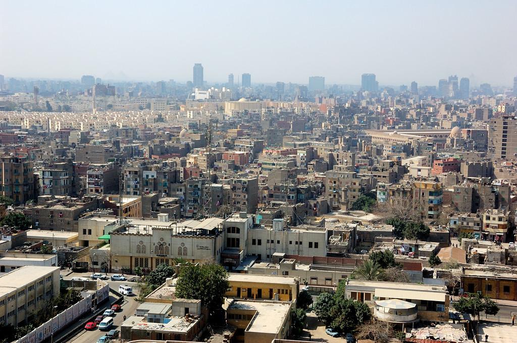 Вид на Каир с Цитадели. Обратите внимание на целый район с новыми домами слева вдалеке