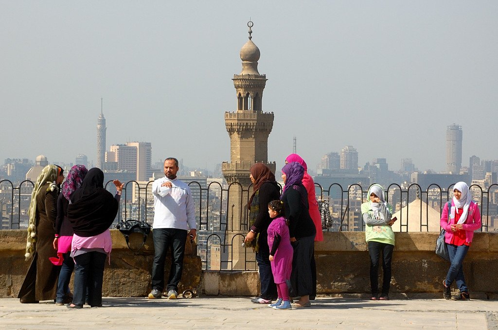 Мусульманин и его многочисленные жены :)