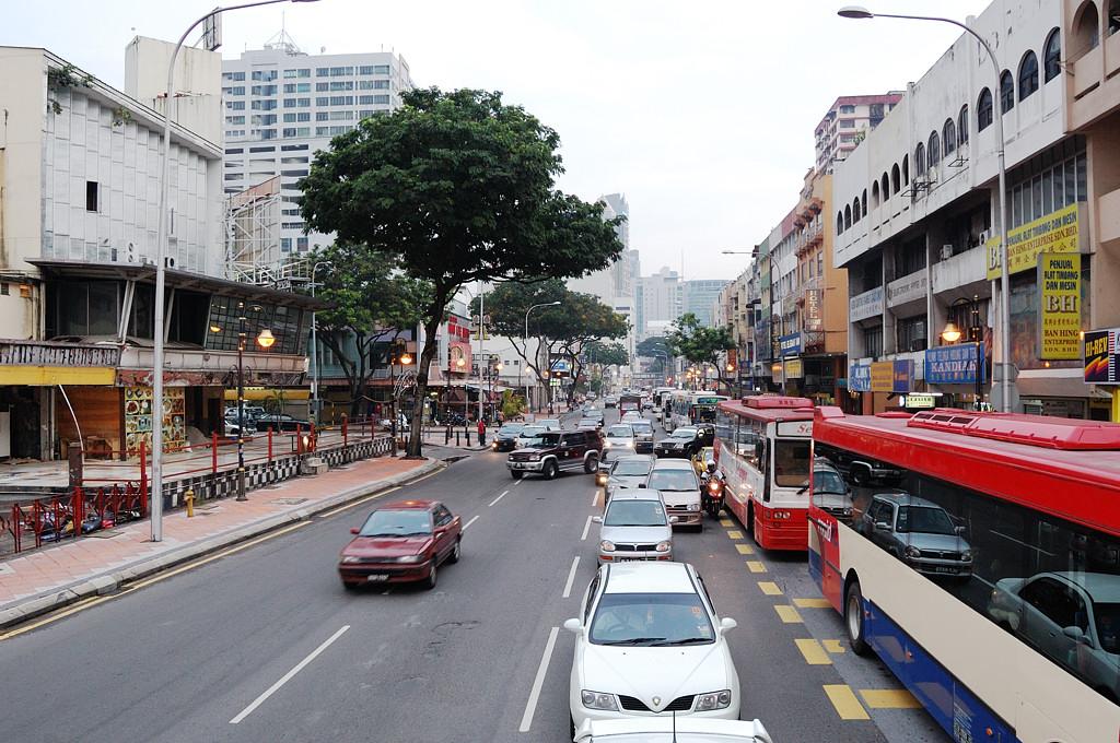 На улицах Куала-Лумпура