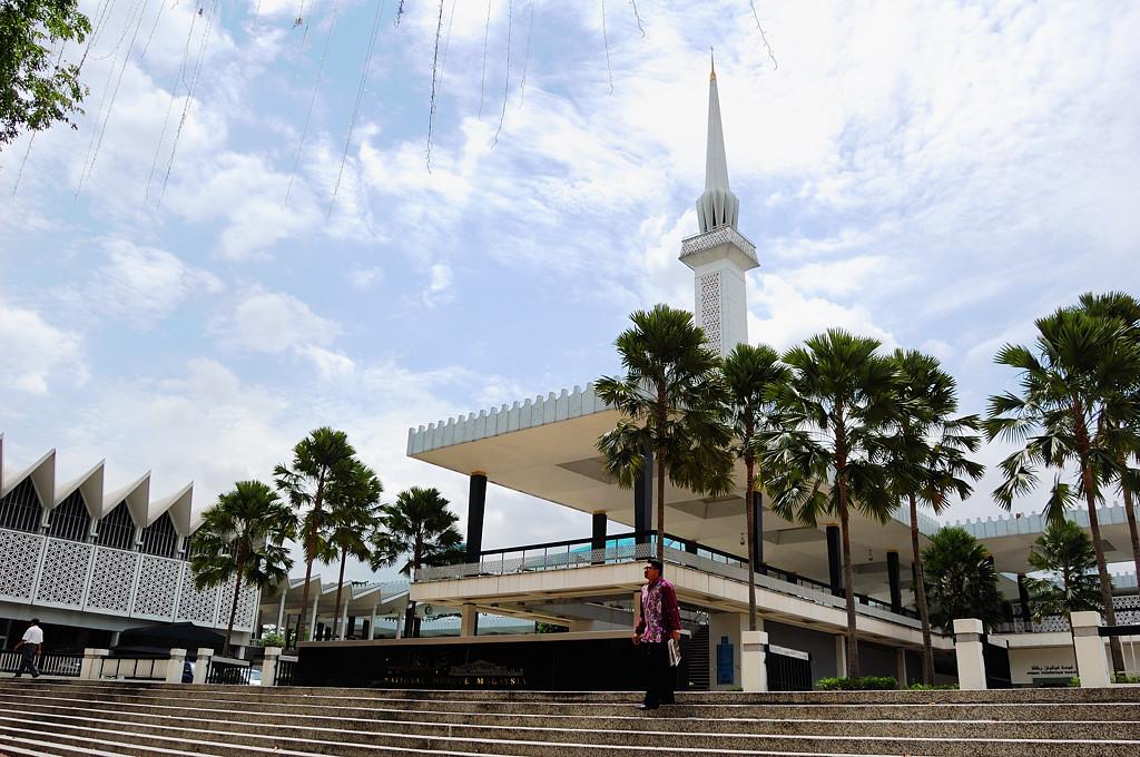 Национальная Мечеть (Masjid Negara)