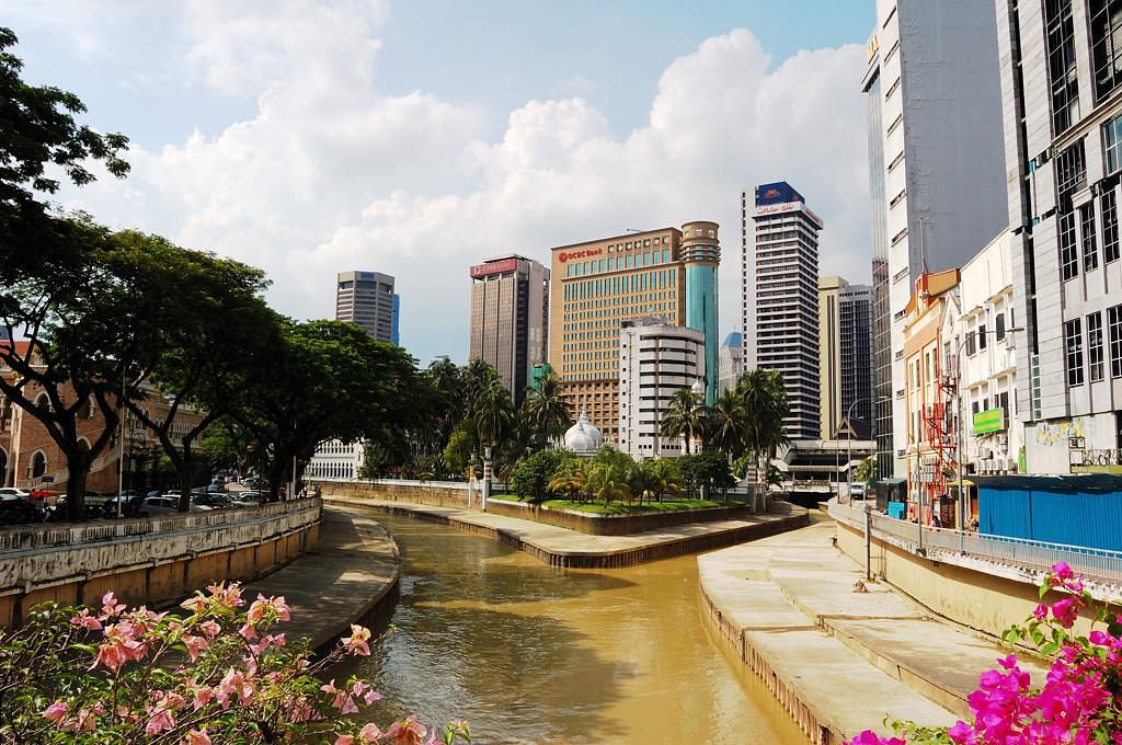 Отсюда начинался Куала-Лумпур. Слияние рек Кланг и Гомбак