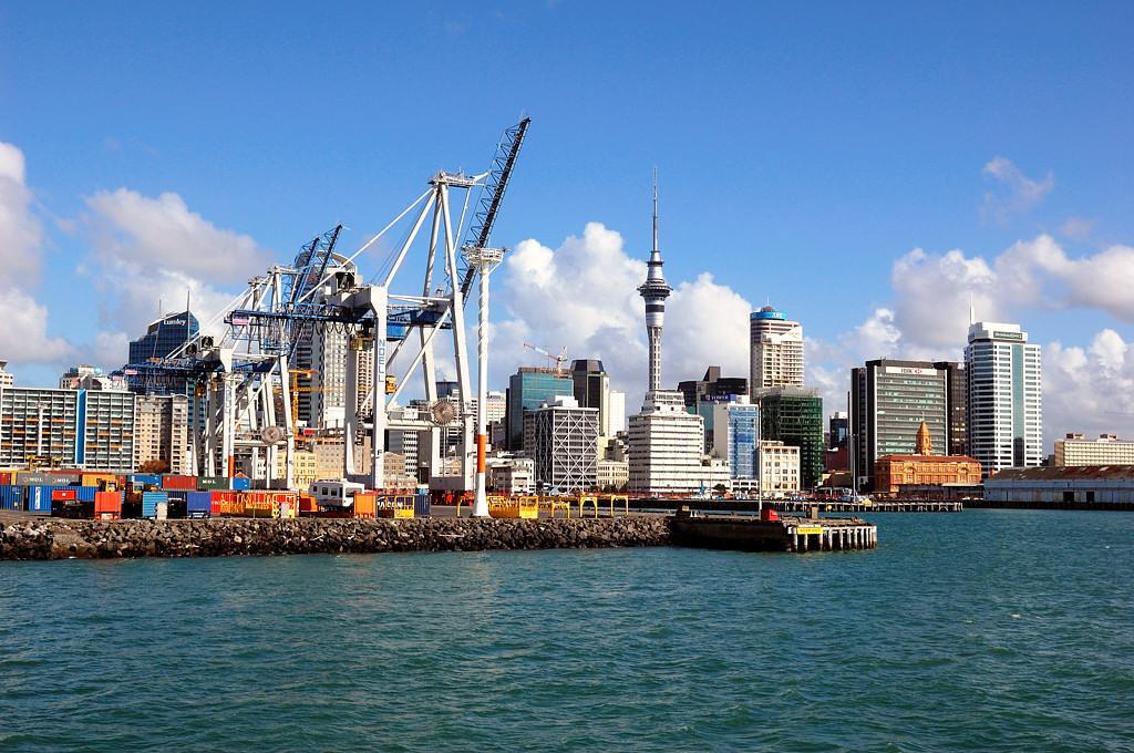 Вид на порт с экскурсионного кораблика