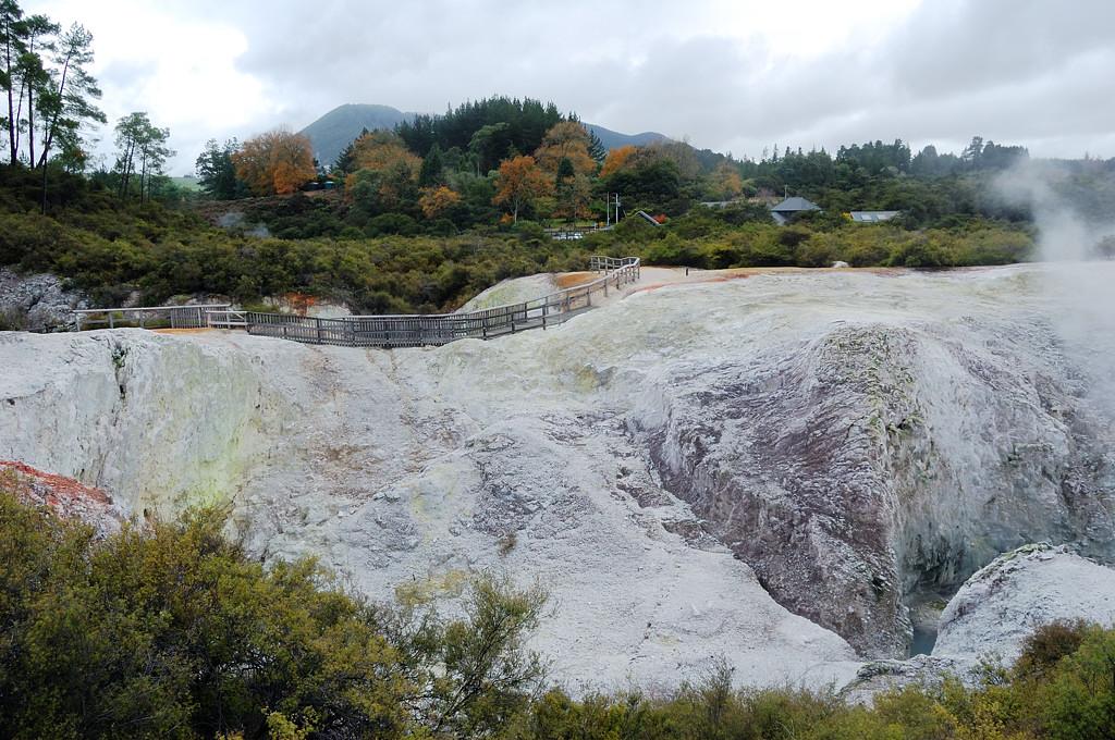 Вид на парк от кратера