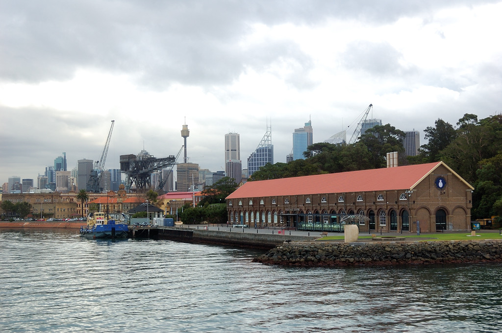 Вид на город с кораблика