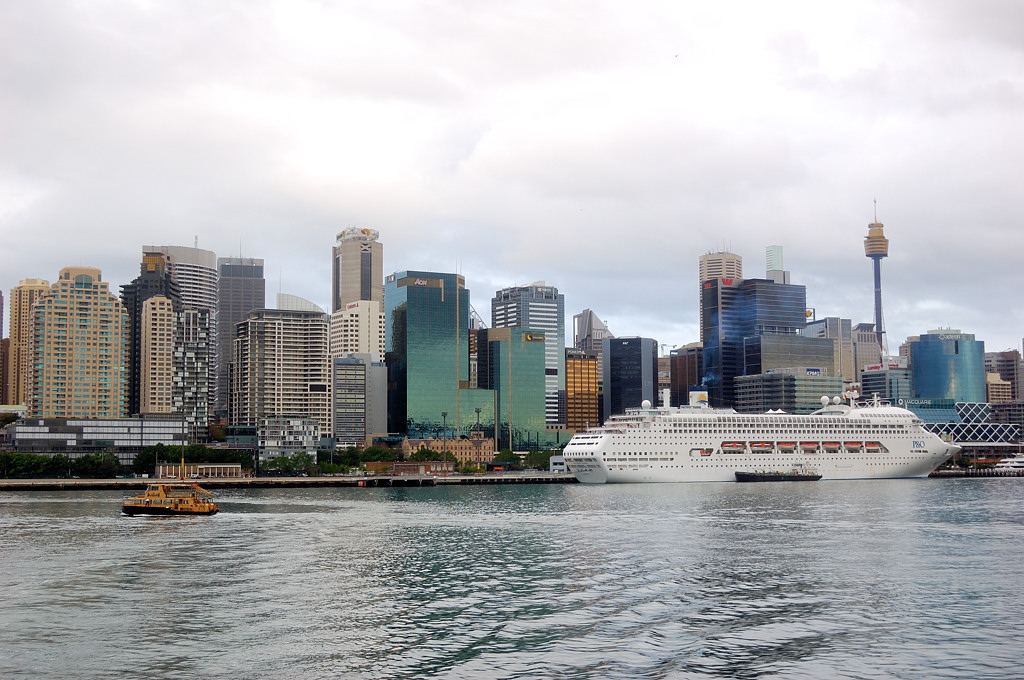 Вид на пассажирский порт