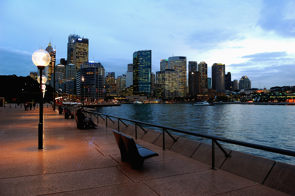Вид на центр Сиднея ночью