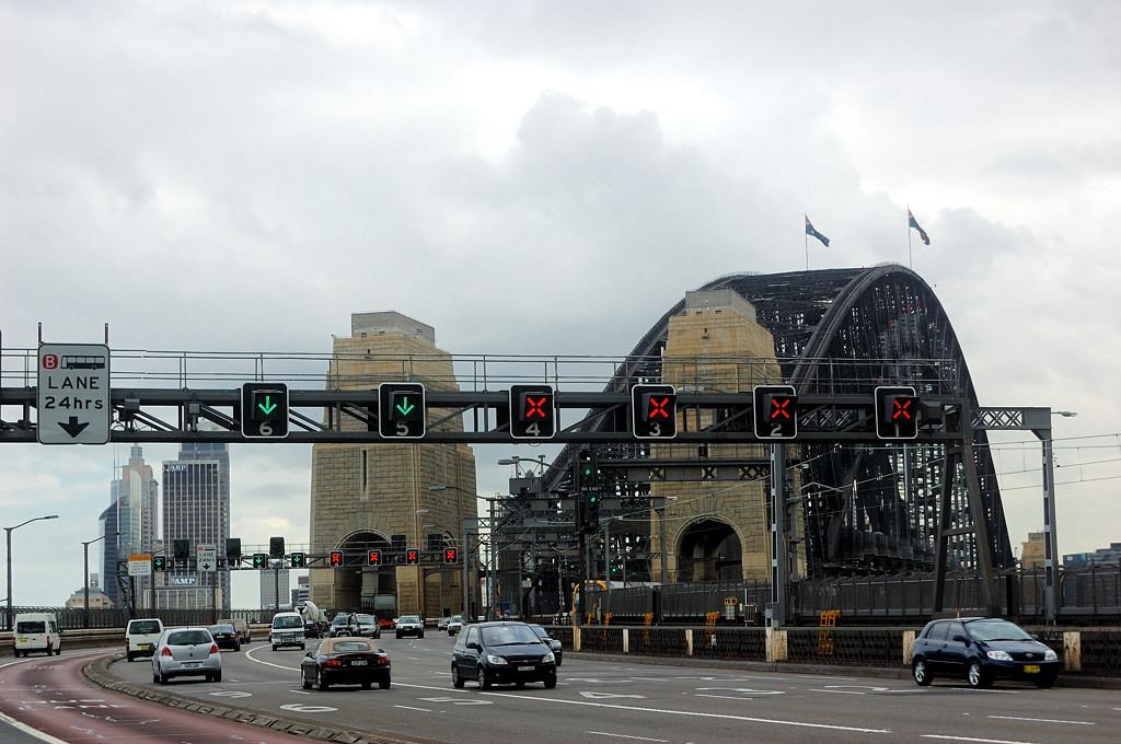 На мосту Harbour Bridge