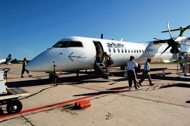 Из Таллина в Ригу летел Bombardier DHC-8