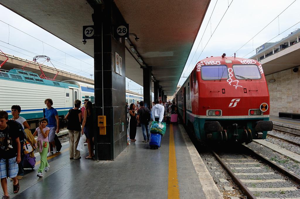 Leonardo Express на вокзале Термини