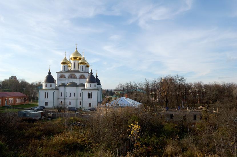 Дмитровский Кремль Успенский собор