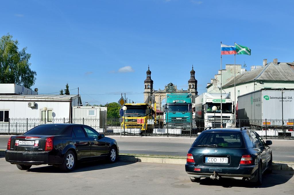 Таможня в Советске прямо в центре города, у моста через Неман