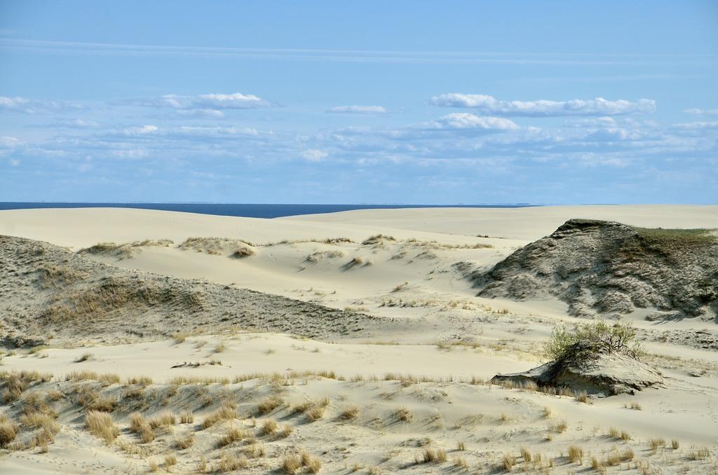 Ходить тут нельзя, поэтому песок выглядит нетронутым. Красиво