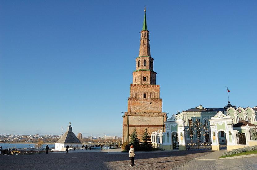 В Казанском Кремле. Башня Сююмбике