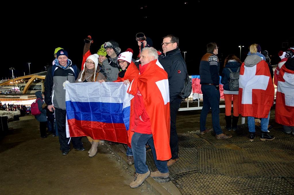 Народ ждет победы Александра Зубкова