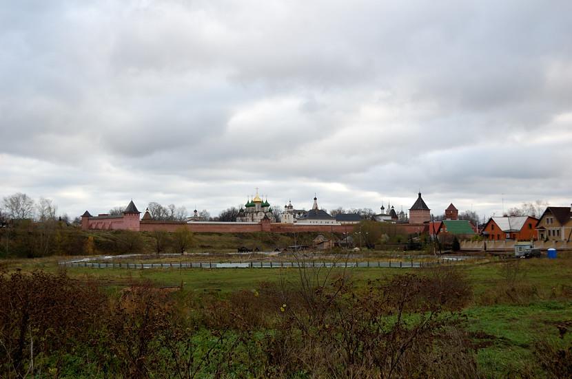 Вид от Туркомплекса на Спасо-Евфимиев монастырь
