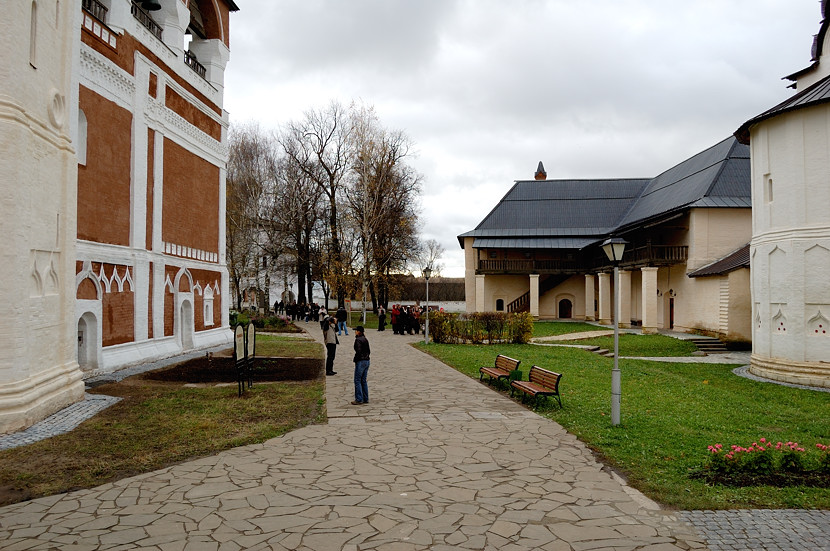 Внутри Спасо-Евфимиева монастыря