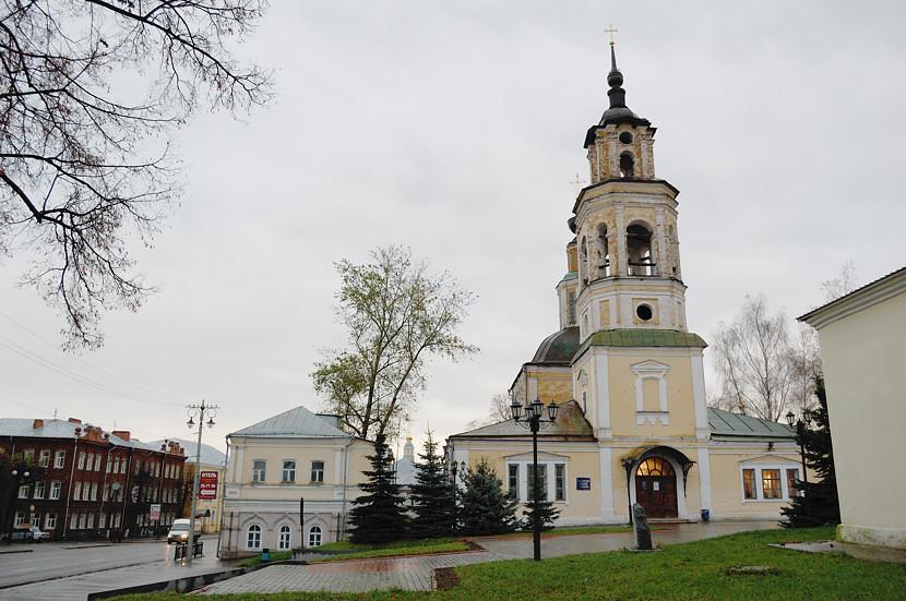 А в этой церкви, как написано, находится планетарий