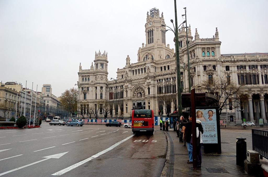 На площади Plaza de la Cibeles