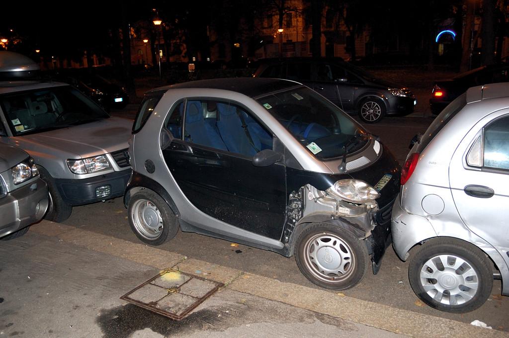 Так паркуются в Милане