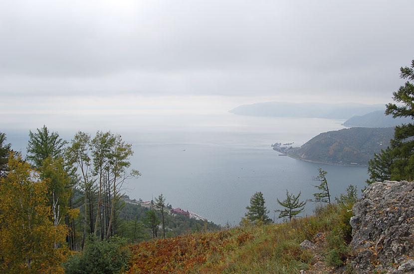 Гора Камень Черского. Внизу - исток Ангары
