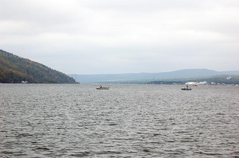 Вид на исток Ангары с парома