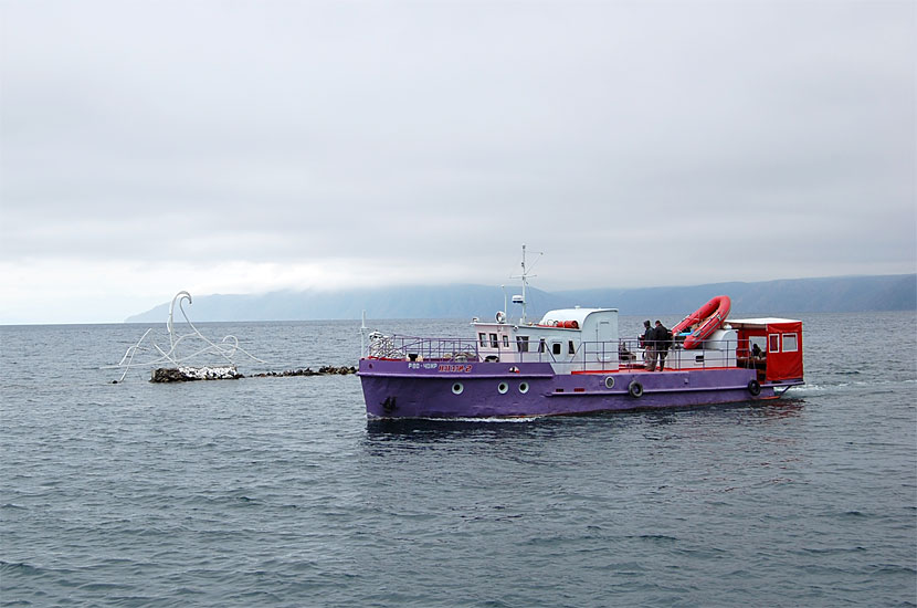 Кораблик на Байкале