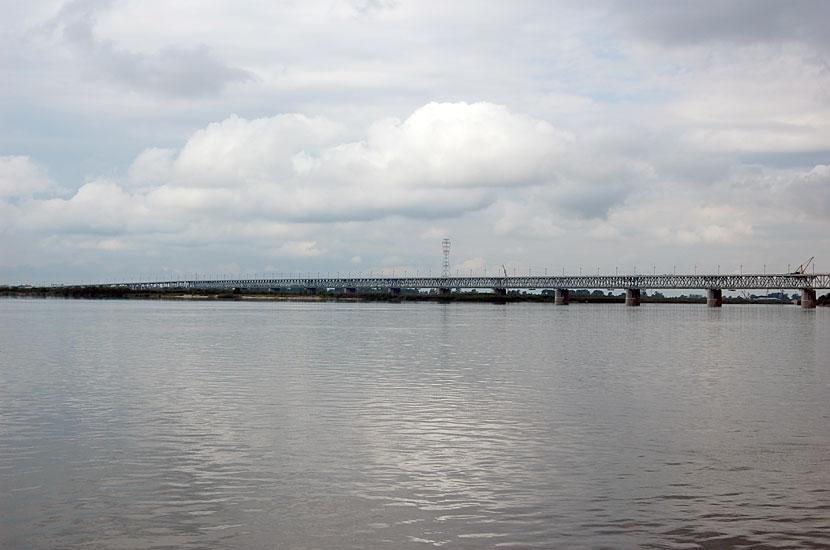 Мост через Амур. Длинный, как ...