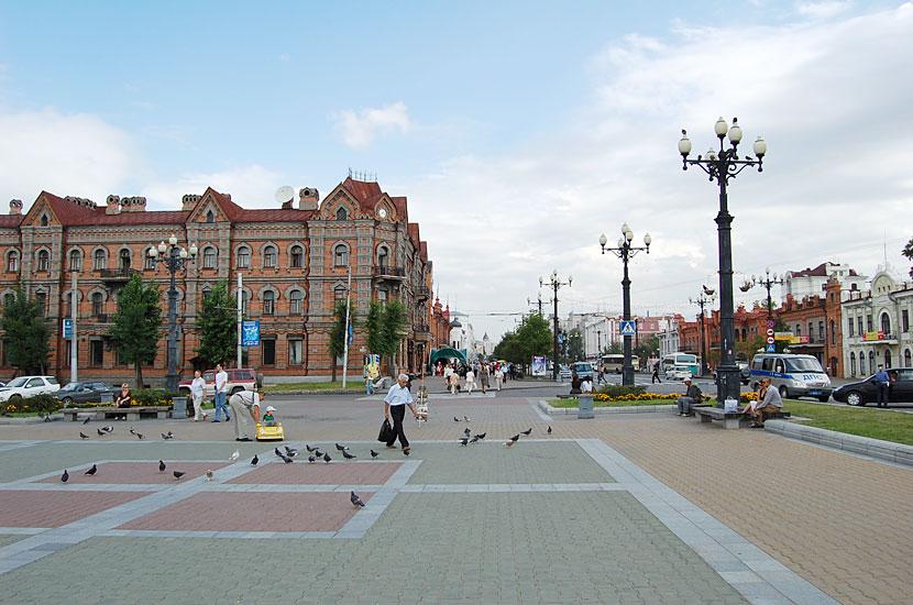 Комсомольская площадь и улица Муравьева-Амурского