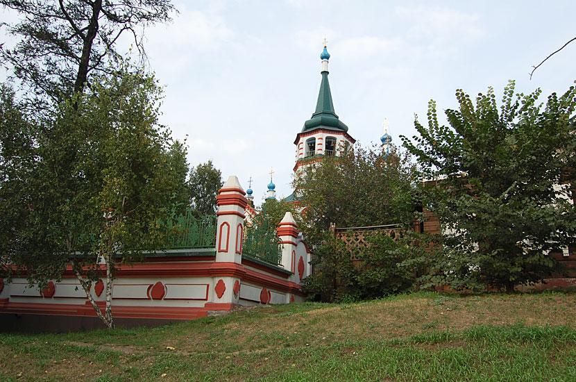 Крестовоздвиженская церковь, 1758