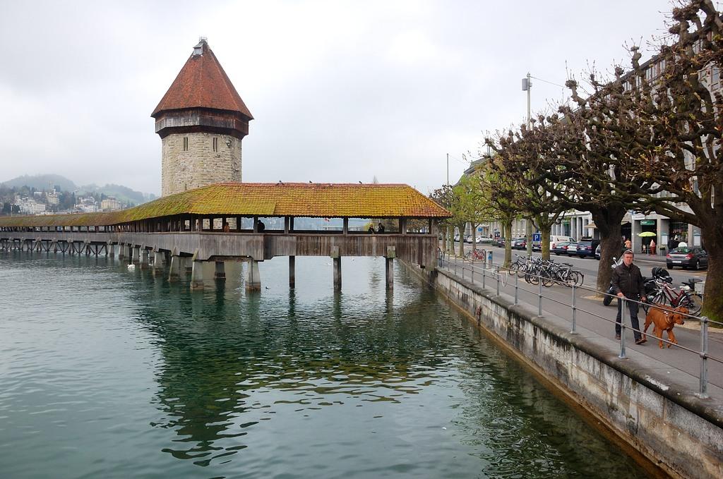 Знаменитый мостик Каппельбрюкке