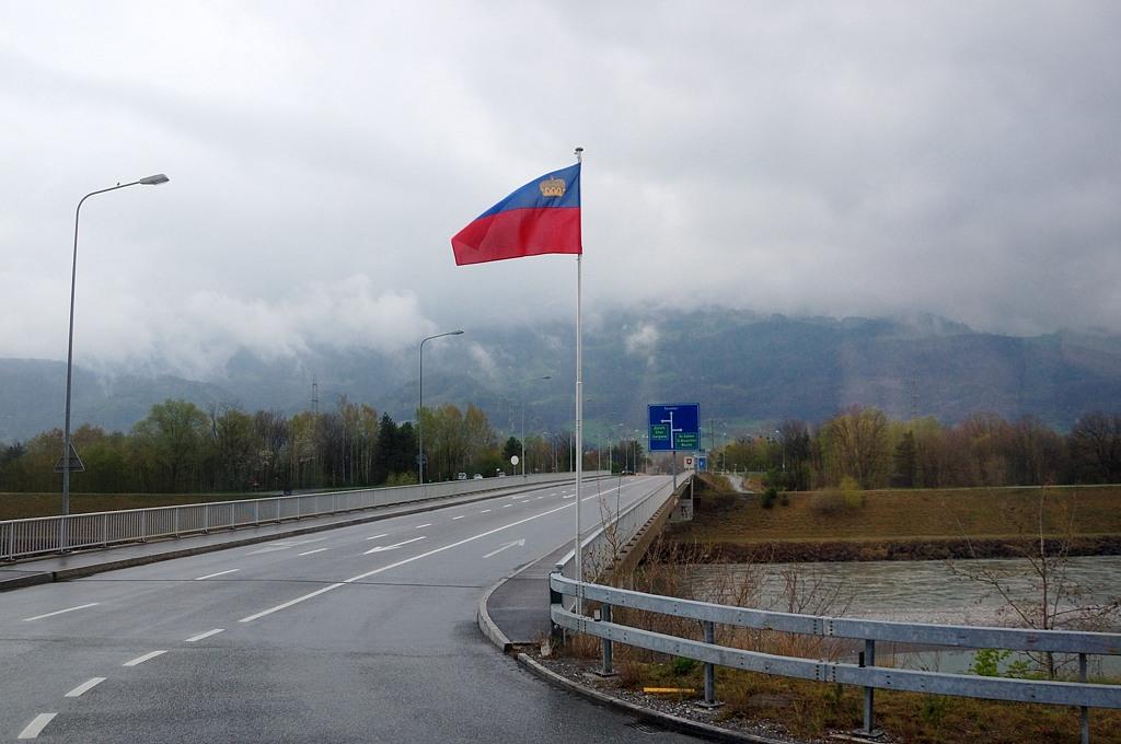 Въезжаем в Лихтенштейн
