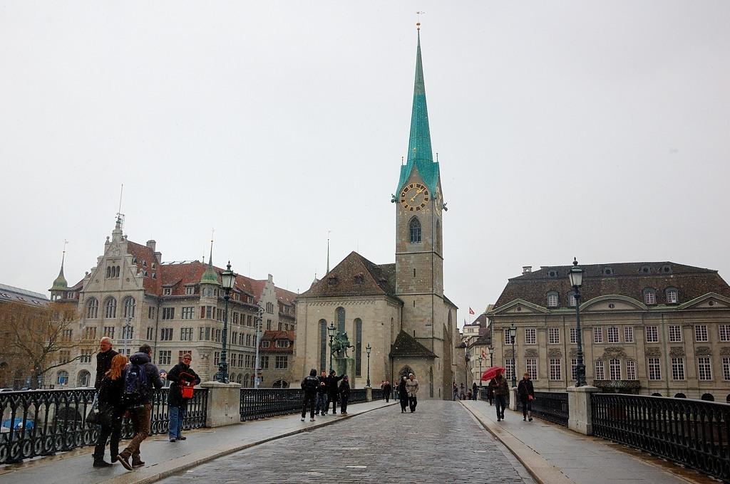 Церковь Фраумюнстер